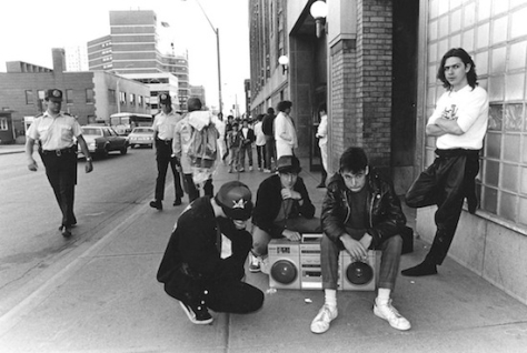 bb he Beasties chilling outside Maple Leaf Gardens before the show